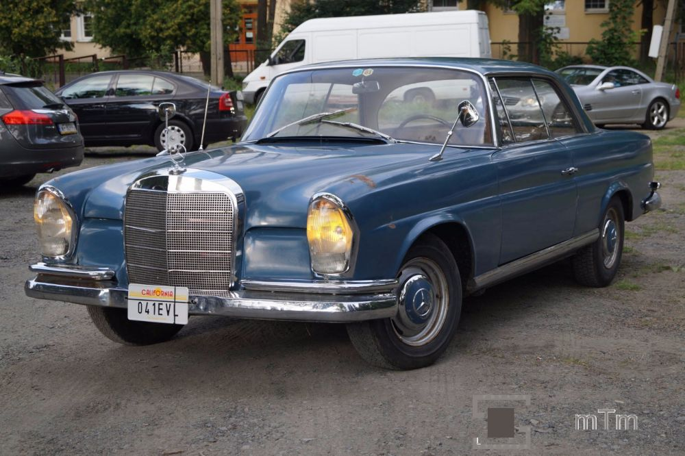 MERCEDES 220 SEB COUPE W111